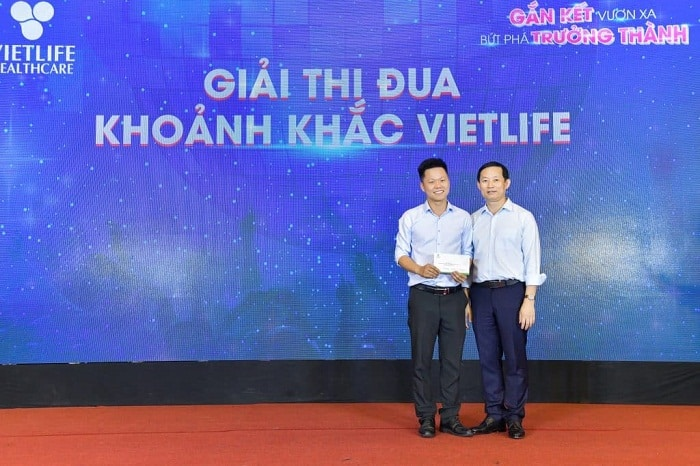vietlife-chao-mung-sinh-nhat-17-tuoi